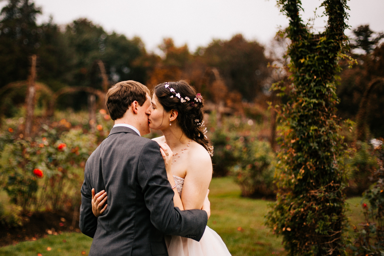 bride-groom-new-england-wedding-photographer-boston-autumn-october-wedding.jpg