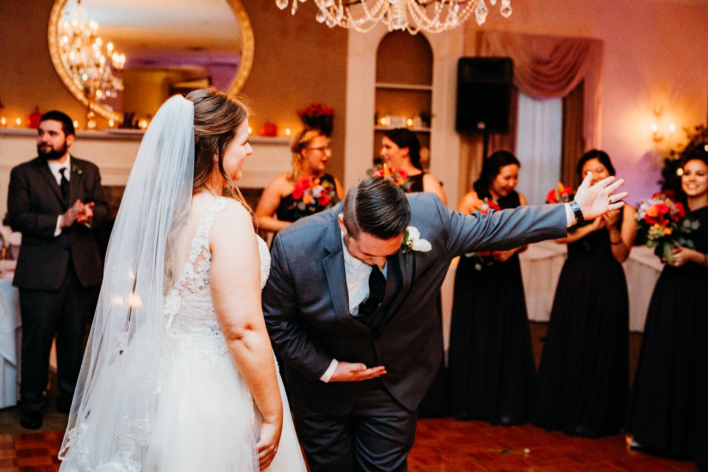 wannamoisett-country-club-wedding-new-england-ri-destination-photographer.jpg
