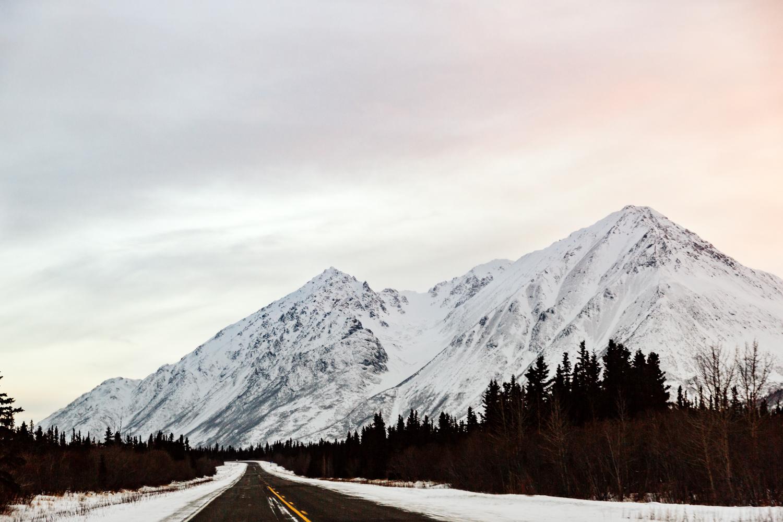 anchorage-elopement-phorographer-travel-alaska-fairbanks.jpg