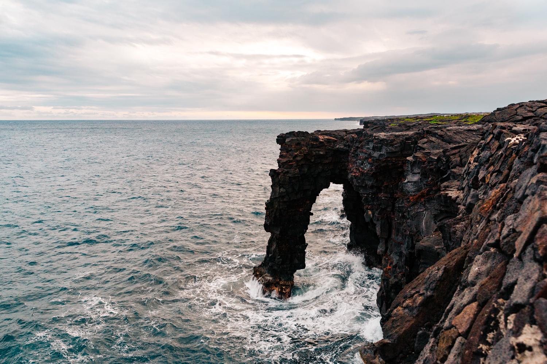sea-bridge-volcano-national-park-big-island-hawaii-vacation-travel-elopement-adventure-wedding-photographer.jpg