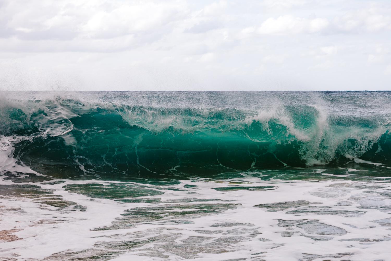 waves-surf-hawaii-honolulu-elopement-photographer.jpg