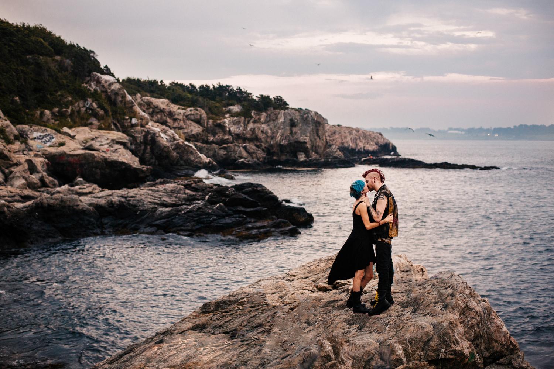 new-england-adventure-wedding-photographer-fort-wetherill-engagement-session.jpg