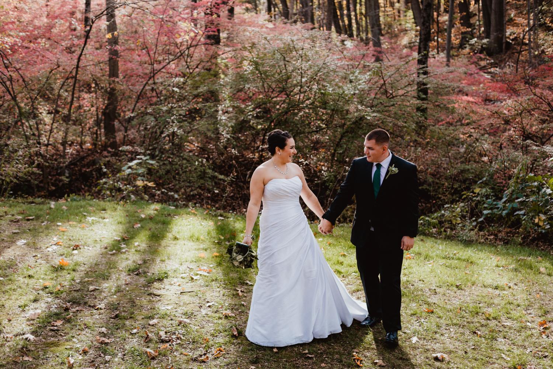 connecticut-wedding-photographer-new-england-adventure-photography-avon-old-farm-mills-hotel.com