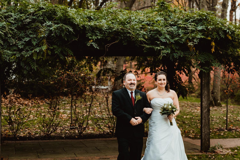 connecticut-avon-old-farm-mills-wedding-photography-new-england-adventure-photographer-columbia-south-carolina.jpg