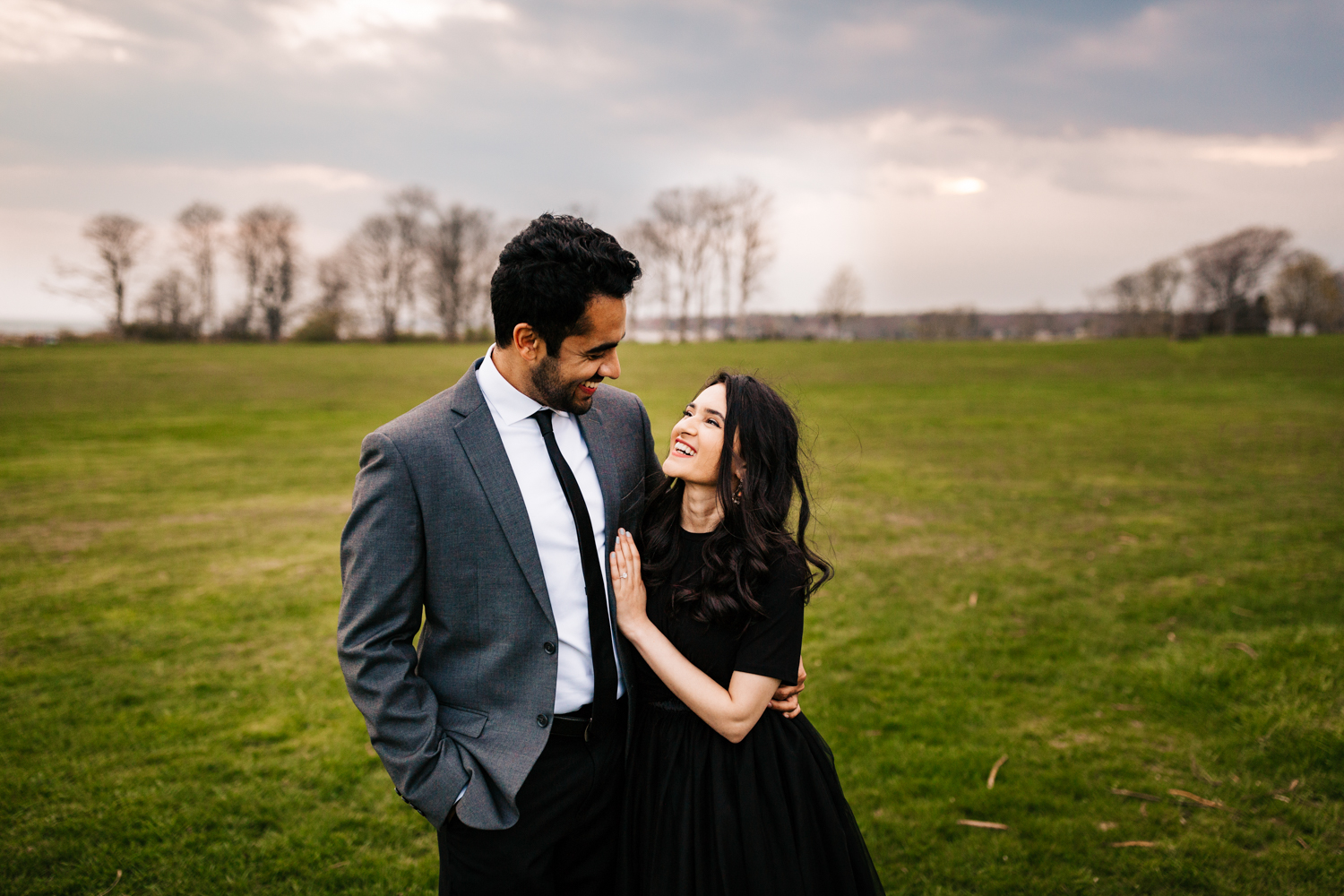 harkness-memorial-state-park-engagement-photoshoot.jpg