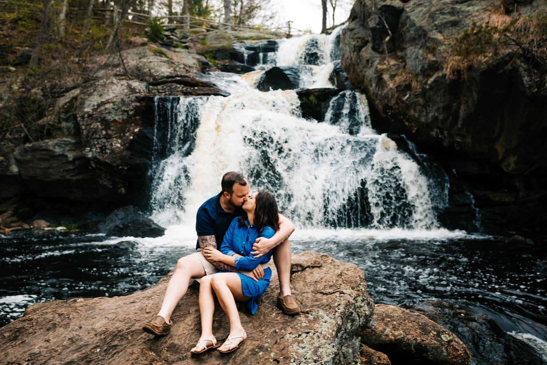 andrea-vanorsouw-photography-devils-hopyard-adventurous-engagement-photos-waterfall-andrea-vanorsouw-photography.jpg