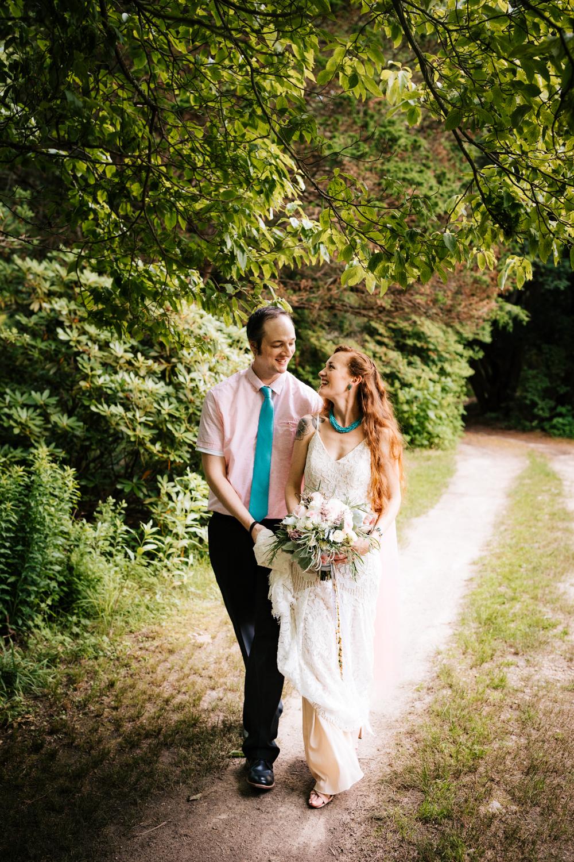 andrea-van-orsouw-photography-elopement-photographer-kinney-azalea-garden-north-kingstown-rhode-island-fun-natural-adventurous.jpg