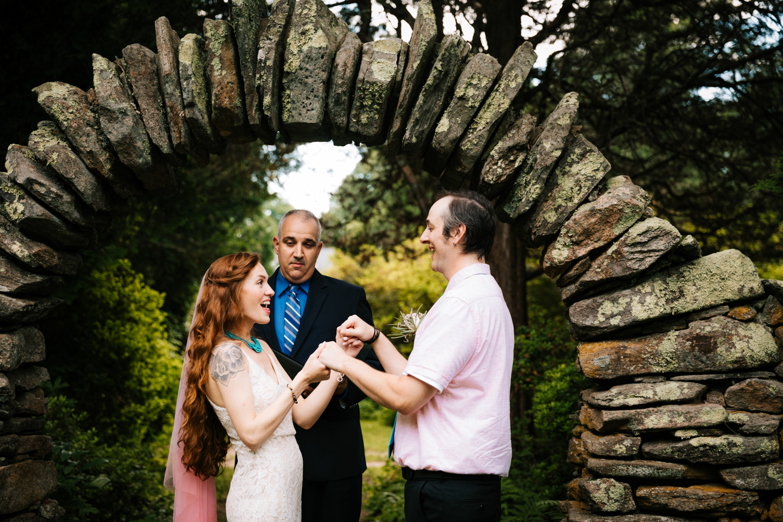 natural-fun-andrea-van-orsouw-elopement-photography-kinney-azalea-garden-rhode-island-photographer-intimate-wedding-north-smithfield.jpg