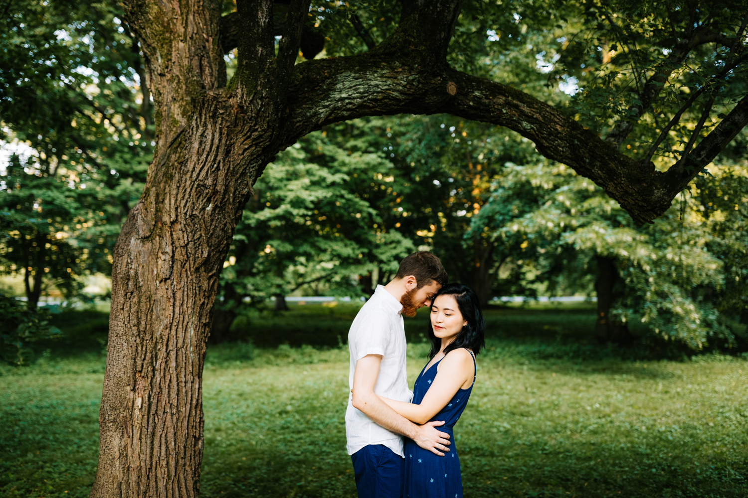 boston-massachusetts-fun-engagement-photographer-arnold-arboretum-harvard-natural-adventurous-andrea-van-orsouw-photography.jpg
