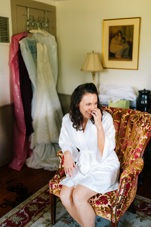 6. boston-adventurous-salem-cross-inn-fun-massachusetts-natural-photographer-fun-wedding-andrea-van-orsouw-photography.jpg