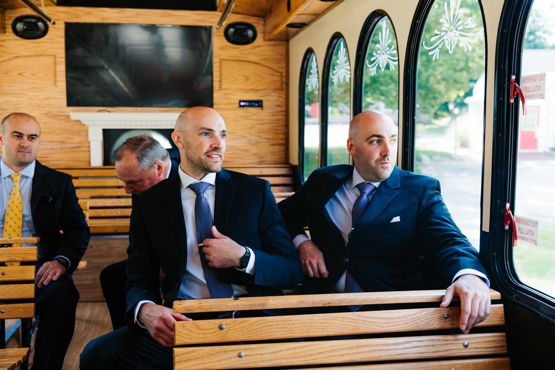 5. adventurous-boston-massachusetts-andrea-van-orsouw-photography-fun-natural-photographer-wedding-salem-cross-inn.jpg