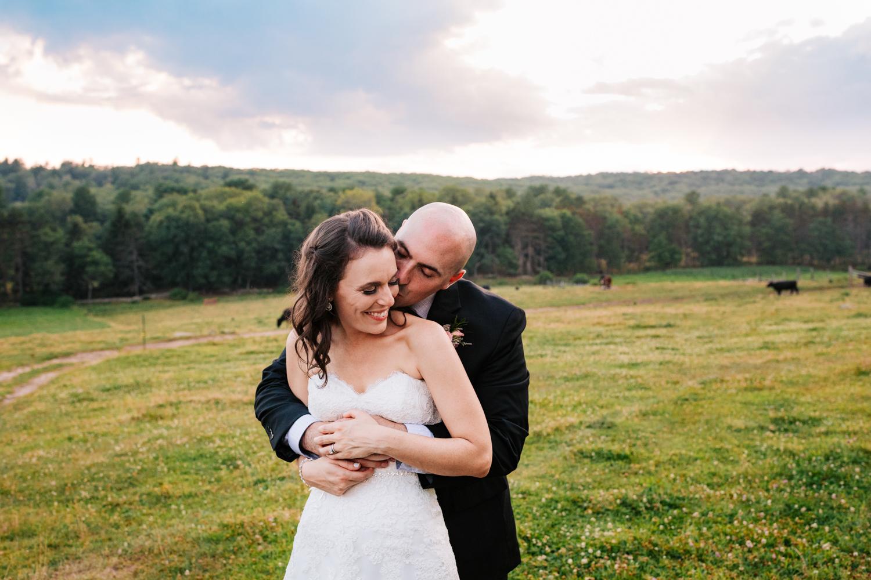 45. andrea-van-orsouw-photography-salem-cross-inn-adventurous-fun-wedding-photographer-natural-boston-massachusetts.jpg