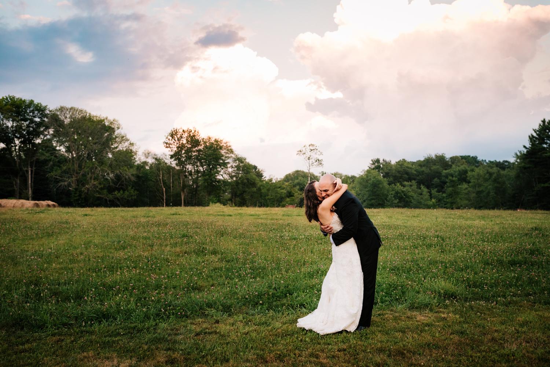 47. adventurous-salem-cross-inn-wedding-andrea-van-orsouw-photography-boston-massachusetts-photographer-fun-natural.jpg