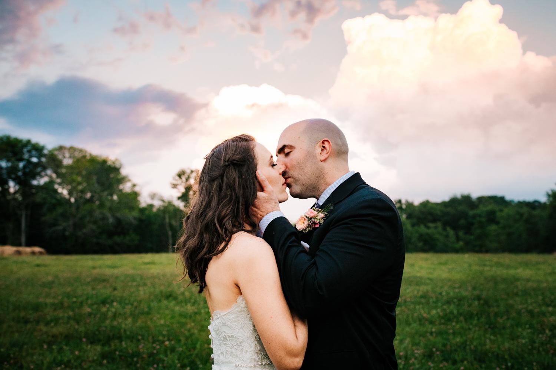 48. andrea-van-orsouw-photography-salem-cross-inn-wedding-fun-natural-adventurous-photographer-boston-massachusetts.jpg