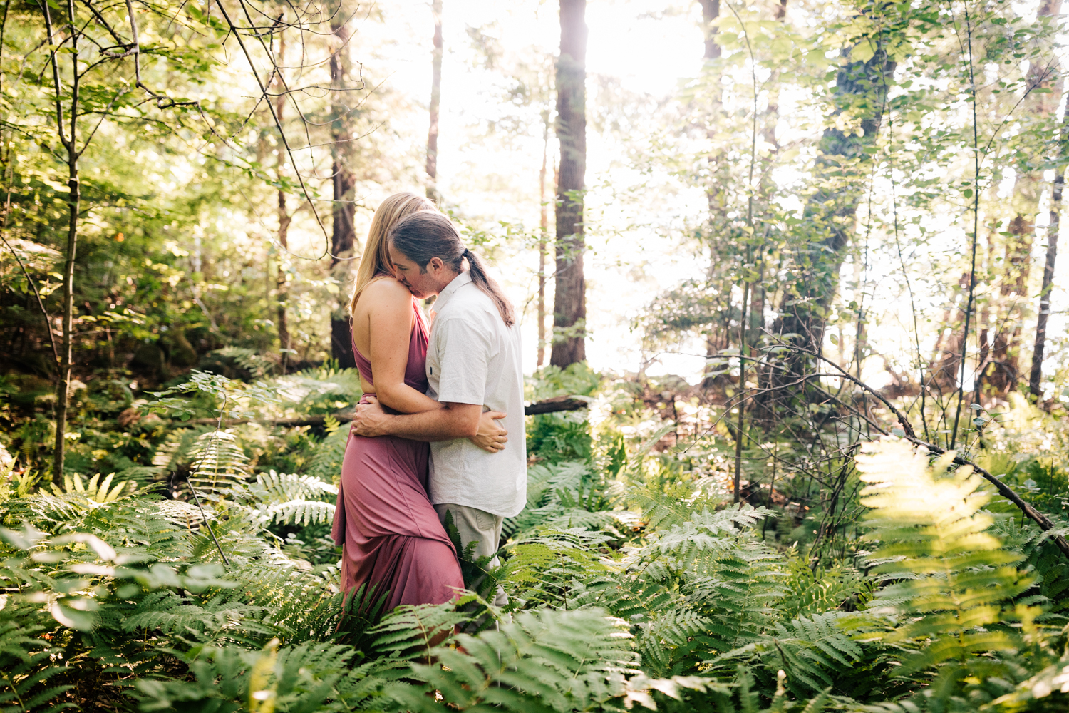 fun-photographer-dublin-new-hampshire-woodsy-engagement-andrea-van-orsouw-photography-adventure-natural.jpg