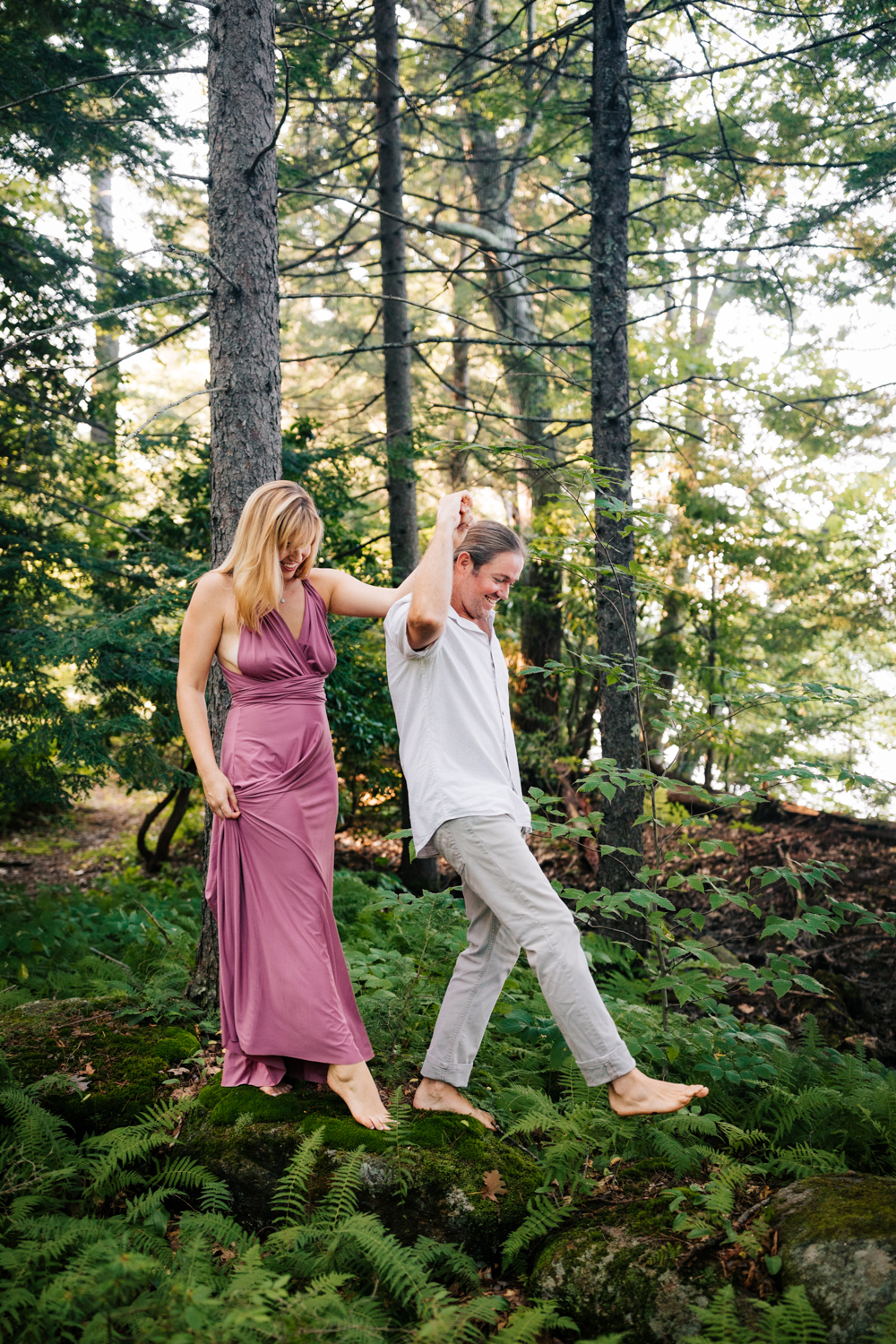 natural-andrea-van-orsouw-photography-dublin-new-hampshire-adventure-photographer-woodsy-fun-engagement.jpg