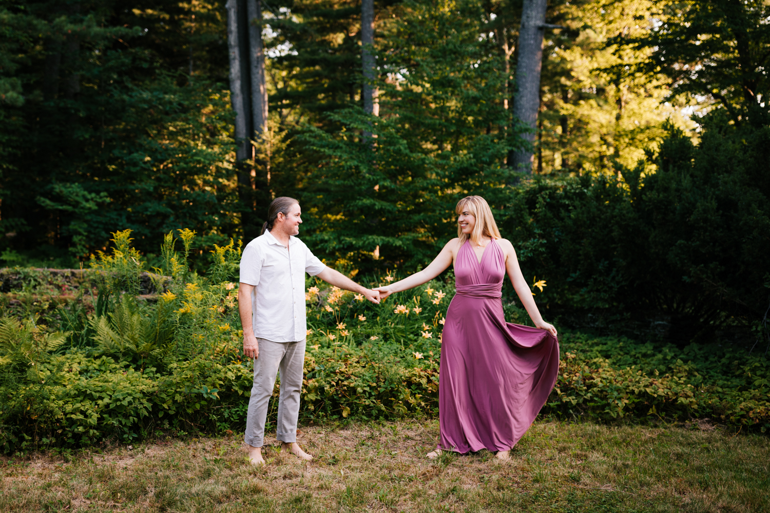 woodsy-engagement-dublin-new-hampshire-fun-andrea-van-orsouw-photography-adventurous-photographer-natural.jpg