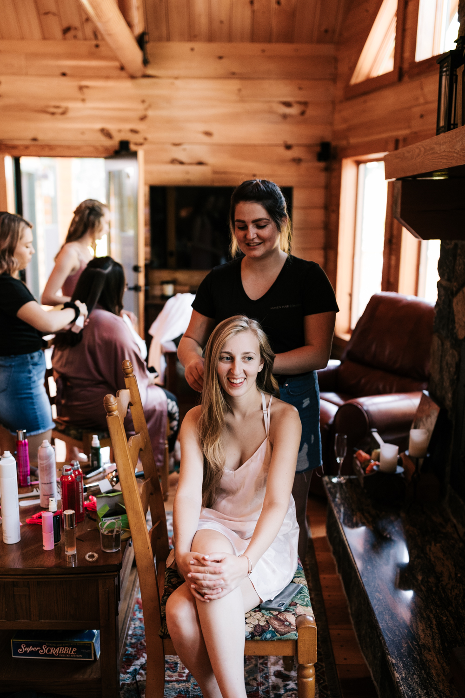 1.salem-cross-inn-wedding-photographer-natural-fun-andrea-van-orsouw-photography-massachusetts-boston-adventurous.jpg