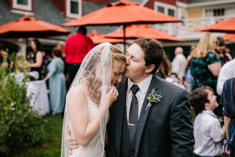 38 adventurous-fun-natural-wedding-photographer-salem-cross-inn-boston-massachusetts-andrea-van-orsouw-photography.jpg