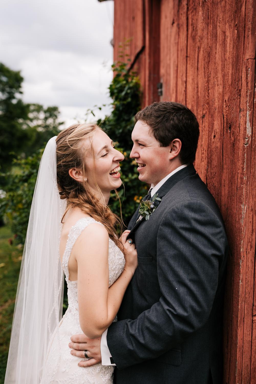 45 adventurous-fun-natural-wedding-photographer-salem-cross-inn-boston-massachusetts-andrea-van-orsouw-photography.jpg