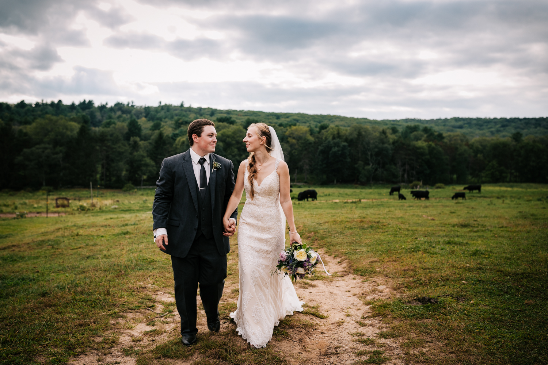 49 adventurous-fun-natural-wedding-photographer-salem-cross-inn-boston-massachusetts-andrea-van-orsouw-photography.jpg