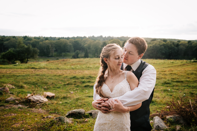 56 adventurous-fun-natural-wedding-photographer-salem-cross-inn-boston-massachusetts-andrea-van-orsouw-photography.jpg
