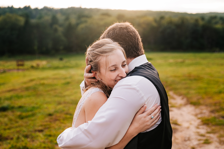 61 adventurous-fun-natural-wedding-photographer-salem-cross-inn-boston-massachusetts-andrea-van-orsouw-photography.jpg