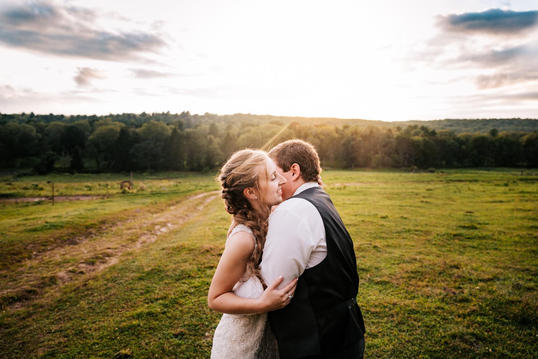 63 adventurous-fun-natural-wedding-photographer-salem-cross-inn-boston-massachusetts-andrea-van-orsouw-photography.jpg