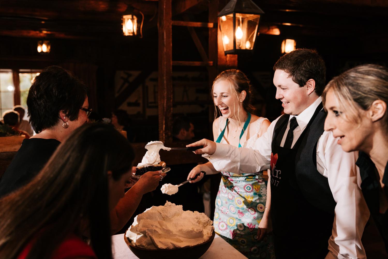 64 adventurous-fun-natural-wedding-photographer-salem-cross-inn-boston-massachusetts-andrea-van-orsouw-photography.jpg