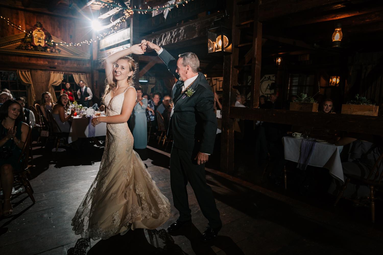 65 adventurous-fun-natural-wedding-photographer-salem-cross-inn-boston-massachusetts-andrea-van-orsouw-photography.jpg