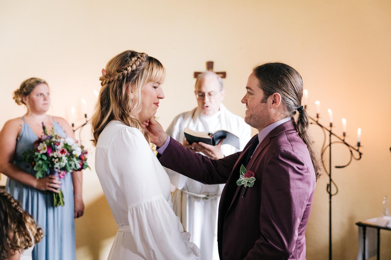 3. indie-wedding-dublin-new-hampshire-fun-natural-photographer-adventurous-andrea-van-orsouw-photography-13.jpg