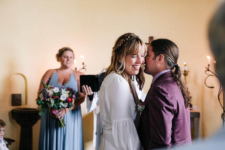 3. indie-wedding-dublin-new-hampshire-fun-natural-photographer-adventurous-andrea-van-orsouw-photography-15.jpg
