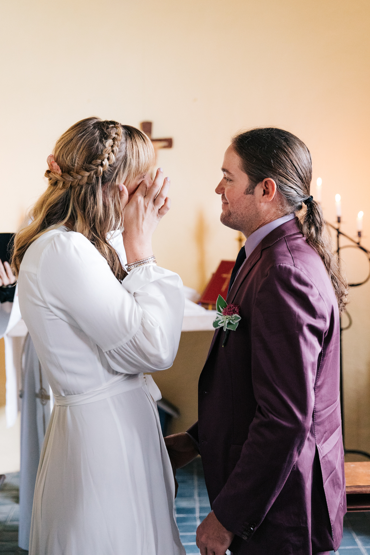 3. indie-wedding-dublin-new-hampshire-fun-natural-photographer-adventurous-andrea-van-orsouw-photography-16.jpg