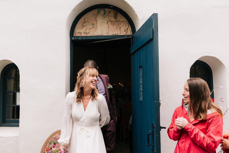 3. indie-wedding-dublin-new-hampshire-fun-natural-photographer-adventurous-andrea-van-orsouw-photography-22.jpg