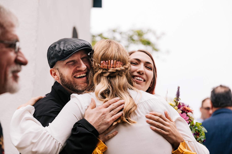 3. indie-wedding-dublin-new-hampshire-fun-natural-photographer-adventurous-andrea-van-orsouw-photography-27.jpg