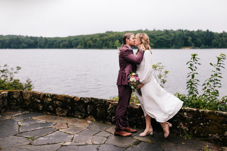 4. andrea-van-orsouw-photography-indie-fun-wedding-adventurous-photographer-dublin-new-hampshire-fun-3.jpg