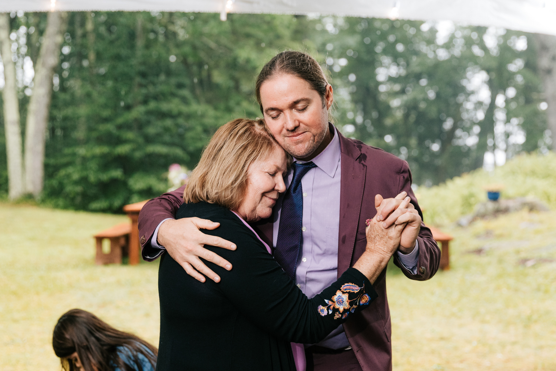 5. fun-wedding-photographer-andrea-van-orsouw-photography-indie-new-hampshire-fun-adventurous-dublin-17.jpg