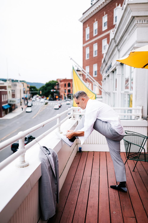 1.albuquerque-el-paso-fun-wedding-photographer-natural-boston-whately-adventurous-photographer-andrea-van-orsouw-photography-4.jpg