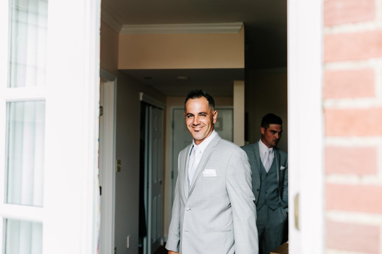 1.albuquerque-el-paso-fun-wedding-photographer-natural-boston-whately-adventurous-photographer-andrea-van-orsouw-photography-9.jpg