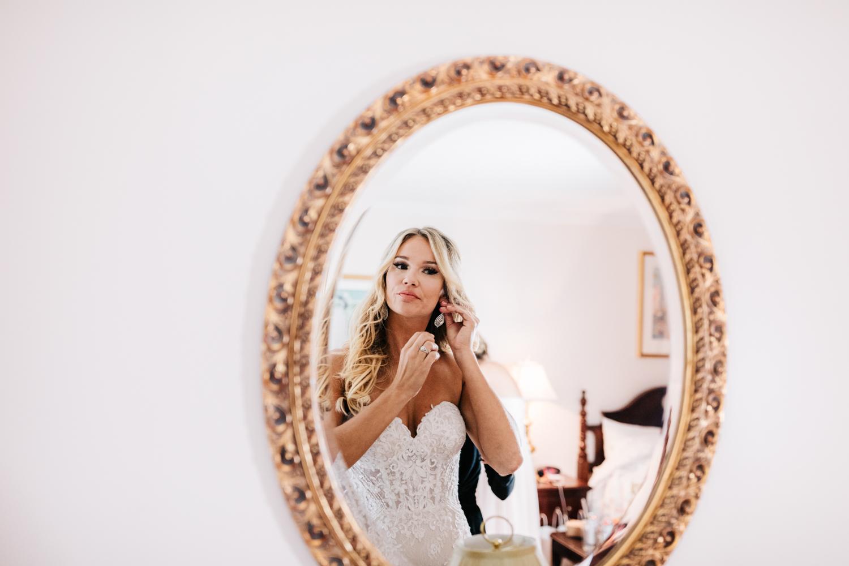 1.albuquerque-el-paso-fun-wedding-photographer-natural-boston-whately-adventurous-photographer-andrea-van-orsouw-photography-14.jpg