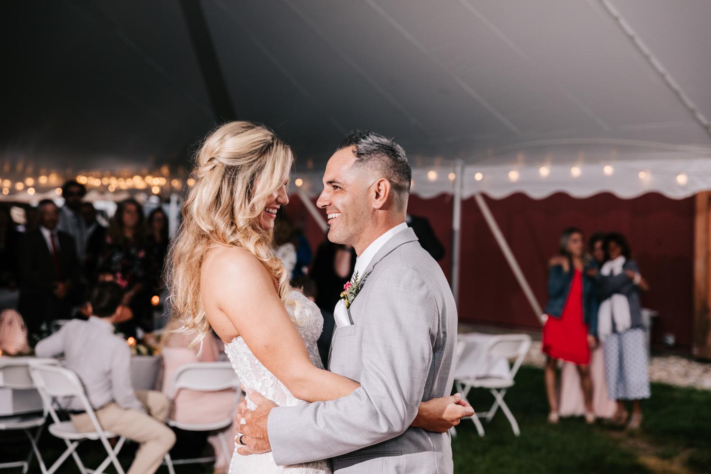 5. whately-massachusetts-fun-wedding-photographer-andrea-van-orsouw-photography-albuquerque-natural-photographer-el-paso-fun-6.jpg