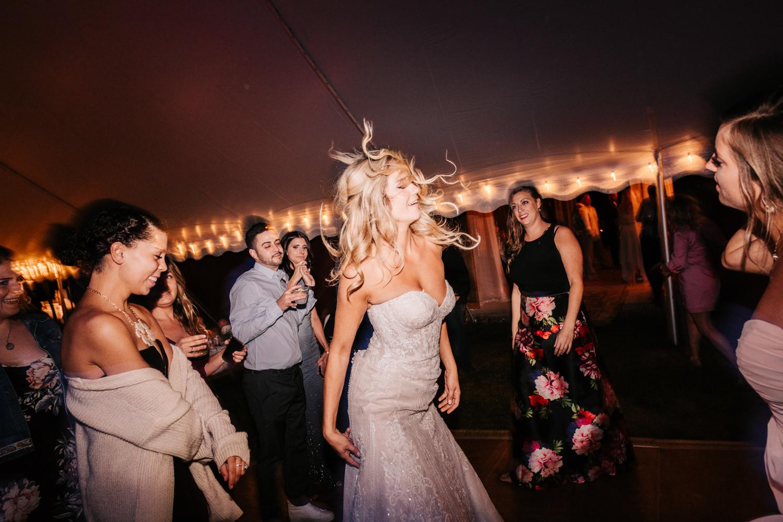 5. whately-massachusetts-fun-wedding-photographer-andrea-van-orsouw-photography-albuquerque-natural-photographer-el-paso-fun-29.jpg