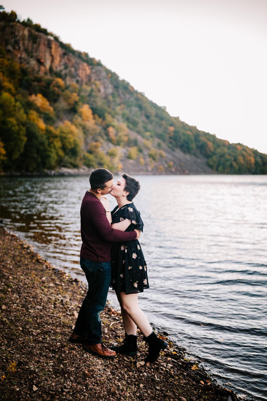 fun-phoenix-wedding-photographer-natural-boston-fun-albuquerque-andrea-van-orsouw-photography-1.jpg