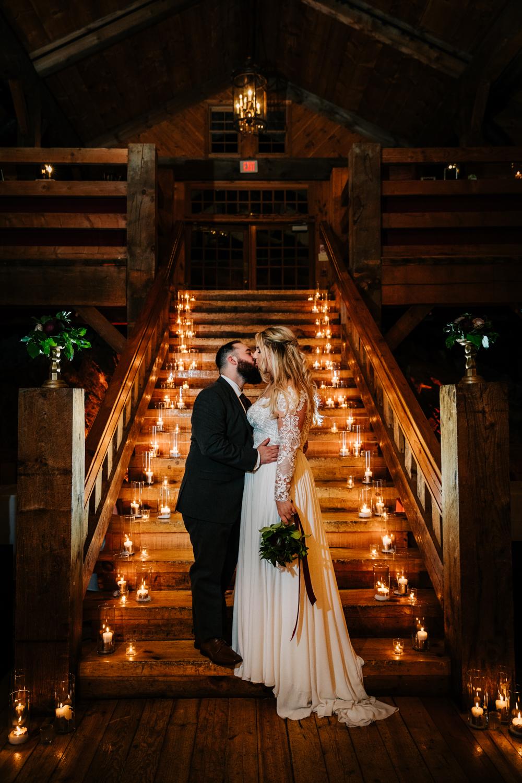 11. fun-albuquerque-boston-adventurous-wedding-photographer-phoenix-andrea-van-orsouw-photography-natural-red-lion-inn-4.jpg
