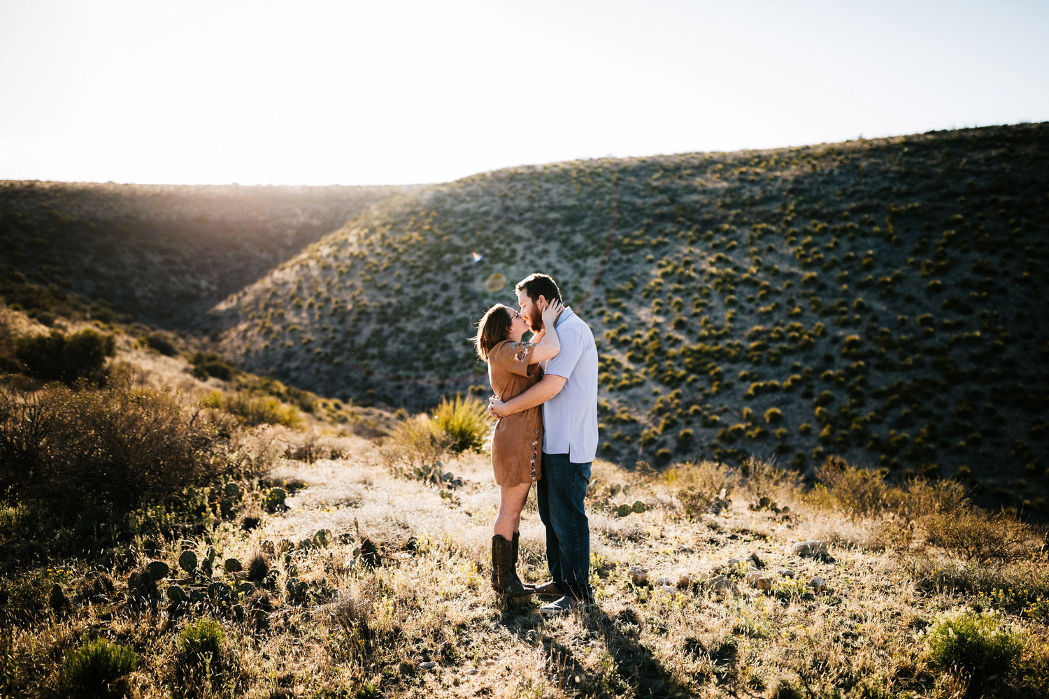 7. fun-santa-fe-wedding-adventurous-carlsbad-new-mexico-wedding-photographer-natural-andrea-van-orsouw-photography-3.jpg