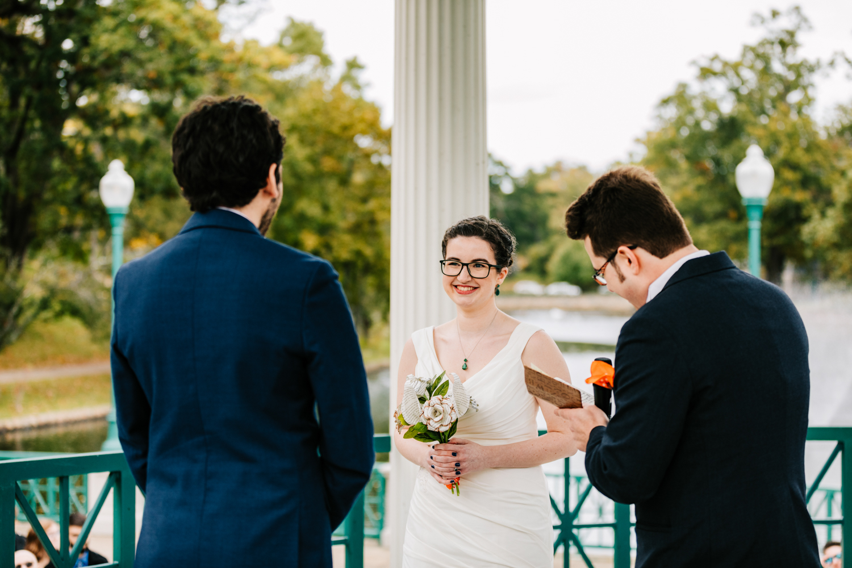 2. natural-wedding-andrea-van-orsouw-photography-fun-new-england-adventurous-santa-fe-photographer-roger-williams-park-rhode-islandandrea-van-orsouw-photography-natural-albuquerque-fun-photographer-natural-boston-wedding-2.jpg