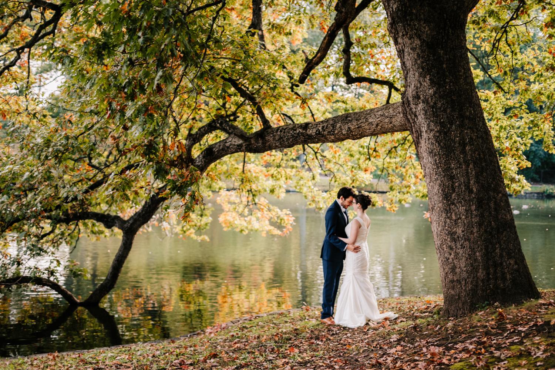 7. fun-wedding-photographer-adventurous-roger-williams-park-rhode-island-andrea-van-orsouw-photography-fun-boston-natural-albuquerque-2.jpg