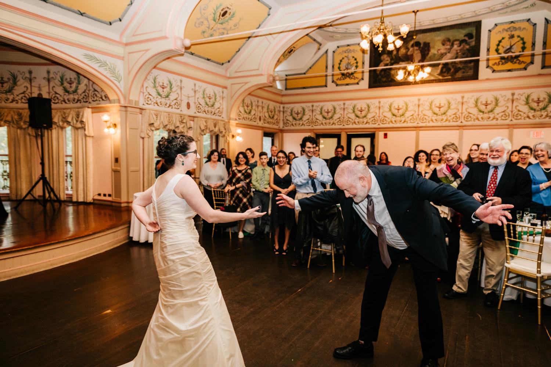 11. andrea-van-orsouw-photography-fun-natural-adventurous-roger-williams-park-ri-massachusetts-santa-fe-wedding-photographer-3.jpg