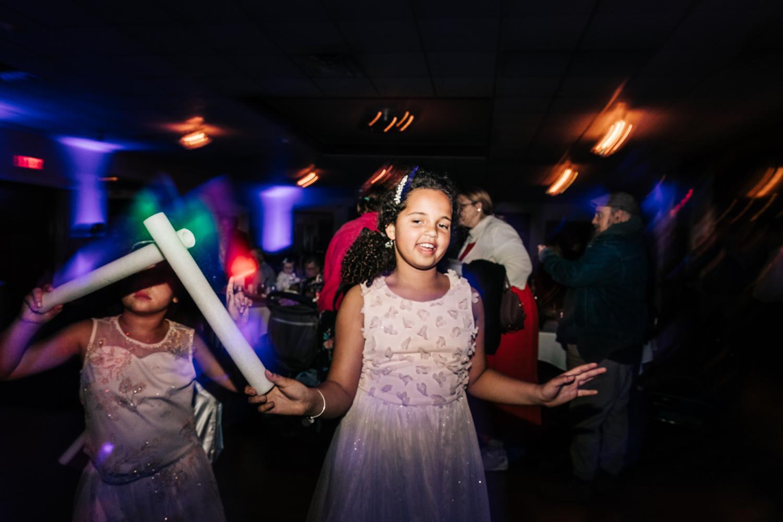 12. photographer-fun-santa-fe-new-england-weddings-adventurous-fun-natural-andrea-van-orsouw-photography1.jpg