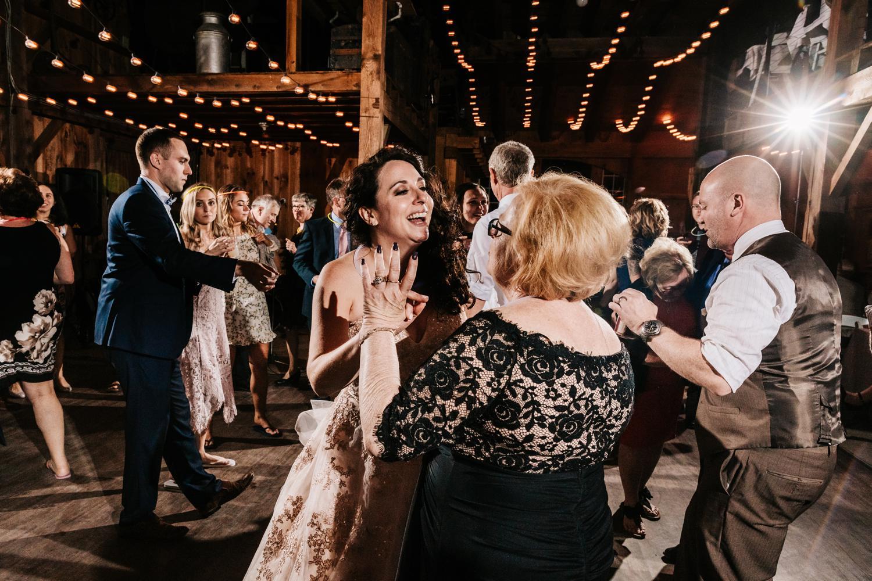 12. natural-wedding-photographer-santa-fe-albuquerque-andrea-van-orsouw-photography-adventurous-southwest-fun2.jpg